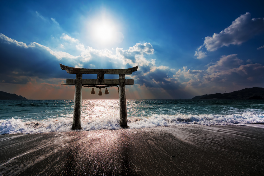 Website-photo-Short-Courses-Page-beach-shore-with-temple